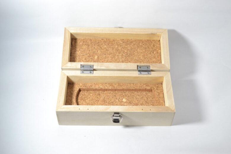 平留め継ぎの箱