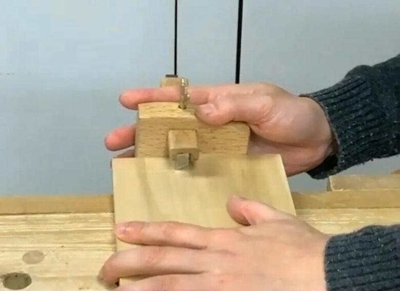 長手板は表と裏に線を引く